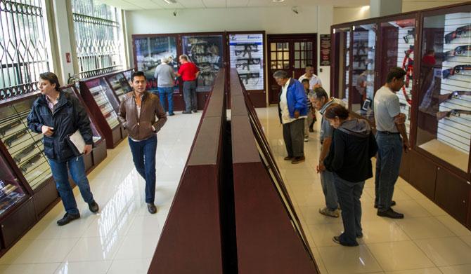 El mercado Legal de armas en México. - Página 4 Venta-armas-mexico-sedena