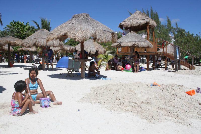 Baño De Regadera En Ninos:playateca un sistema de préstamo de libros para los bañistas