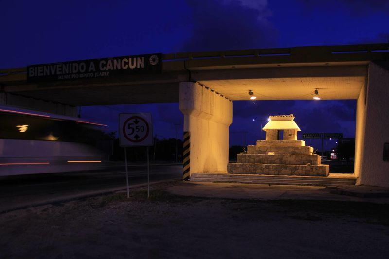 'Aluxes', la historia del puente Cancún- Nizuc